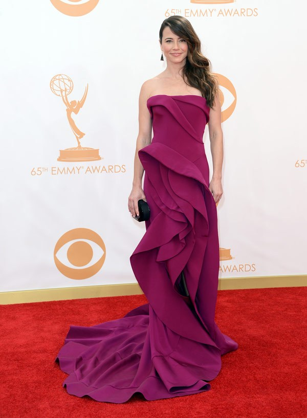 linda-cardellini-emmy-awards-2013